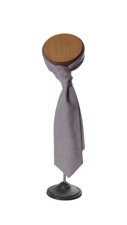 Ascot self-tie cravat