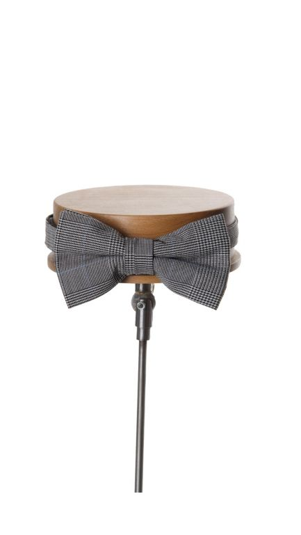 Prince of Wales bow tie-grey