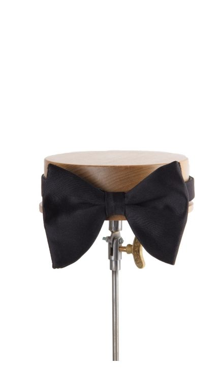Plain Duchess satin black batwing bow tie